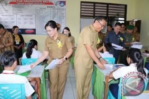 1.989 Siswa SMP Tomohon Ikut Ujian Nasional