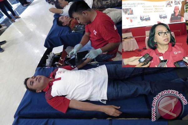 Annie Dondokambey Ajak Jadikan Donor Darah Gaya Hidup