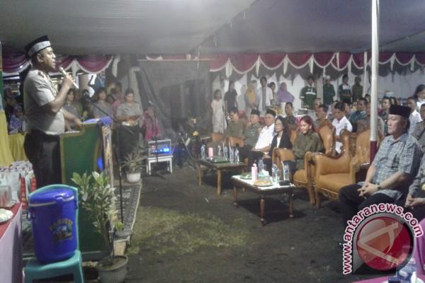 Bupati Berbagi Kasih Bukber Polres Minahasa Utara