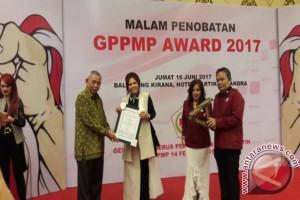 Terima Penghargaan GPPMP
