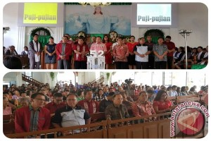 Dihadiri Bupati JWS, Jemaat GMIM Sion Tounelet Sonder Rayakan HUT ke-52