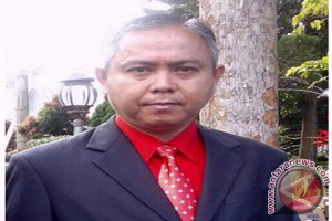 Jemy Momongan Guru Asal Minahasa Wakili Sulut di Kancah Nasional