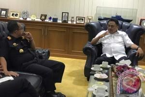 Gubernur Berharap Status Bea Cukai Manado Ditingkatkan