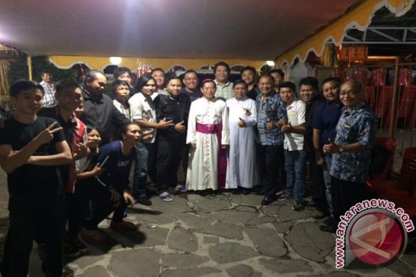 Paroki Tataaran Rayakan Peringatan 138 Tahun Pembaptisan Pertama