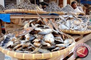 Harga Ikan Asin di Manado Naik