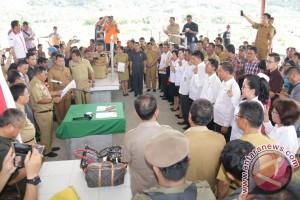 Sejumlah Pejabat Tinggi Pratama Minahasa Tenggara Dilantik