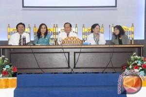 Lomban Buka Bimtek Pencegahan Kanker Leher Rahim