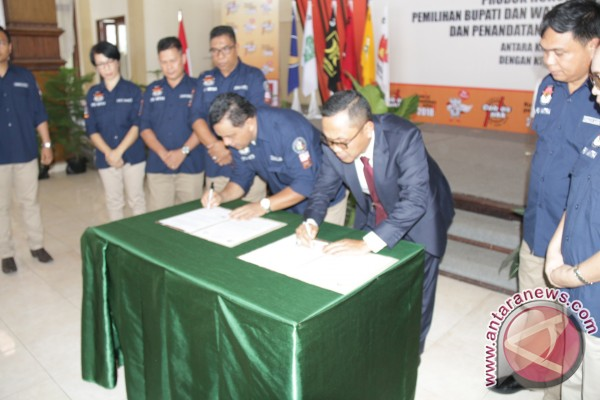 KPU Minahasa Tenggara Dan Kajari Tandatangani Kerjasama
