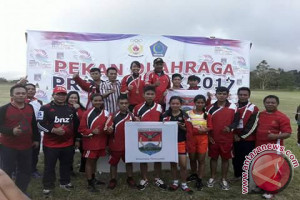 Atletik - Minahasa Tenggara Raih Dua Emas Porprov