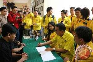 Partai Golkar Tomohon Mendaftar Ke KPUD