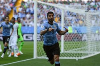 Piala Dunia - Rusia dan Uruguay  lolos ke babak kedua