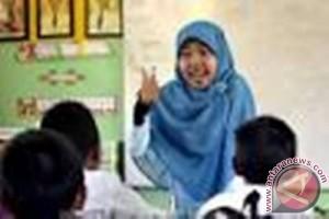 Honor guru bantu tahun anggaran 2014 capai Rp32 miliar
