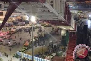Calon haji asal Mataram selamat dari musibah crane