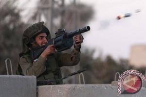 Rakyat Palestina protes serangan Israel terhadap Masjid Al-Aqsha