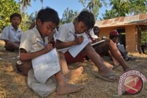 3.667 anak NTB putus sekolah berpotensi miskin
