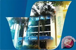 Gubernur perintahkan Bank NTB tingkatkan kredit produktif