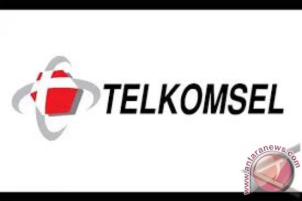 Telkomsel santuni 500 anak yatim di Mataram