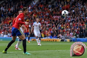 Euro 2016 - Gol tunggal Pique bawa Spanyol atasi Ceko 1-0
