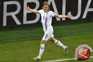 Euro 2016 - Tim debutan Islandia tahan imbang Portugal 1-1