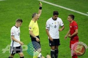 Euro 2016 - Imbang 0-0, Jerman dan Polandia berbagi satu poin