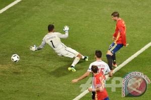 Euro 2016 - Cukur Turki 3-0, Spanyol ke 16 Besar