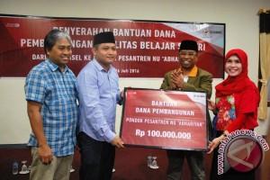 Telkomsel bantu pembangunan fasilitas ponpes di Mataram