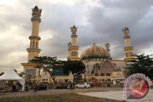 "Meriahnya Mtq Nasional Di Bumi ""seribu Masjid"""