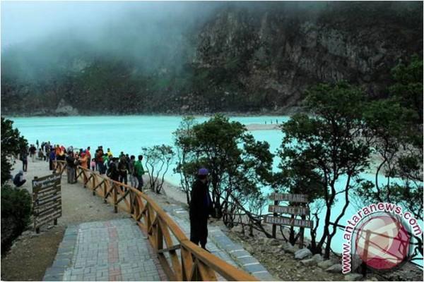 Kawasan Wisata Tanah Putih Ciwidey Bandung