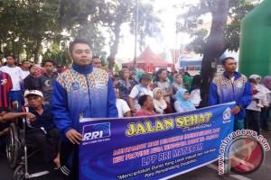 Ratusan Penyandang Disabilitas Ikuti Jalan Sehat RRI Mataram