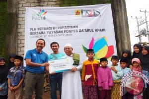 PLN NTB Bantu Renovasi Ponpes di Lombok Tengah