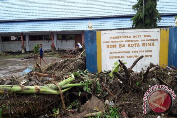 Kemendikbud Siap Perbaiki Sekolah Rusak di Bima