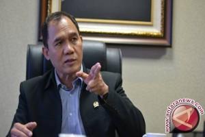 Legislator Pertanyakan Realisasi Peningkatan Infrastruktur Pelabuhan