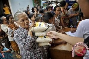 Pemkot Mataram Alokasikan 120 Ton Beras Untuk Lansia