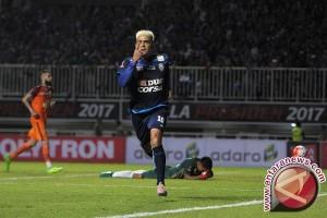 Gonzales bawa Arema juara Piala Presiden 2017