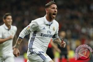 Ramos antar Madrid tundukkan 10 pemain Betis 2-1
