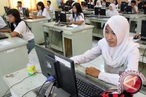 50.525 Siswa NTB Ikut Ujian Nasional SMA