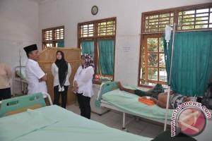 Bupati Lombok Barat Cek Kondisi Penderita Malaria