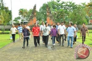 Kemenko Kemaritiman Tinjau Destinasi Wisata Lombok Barat