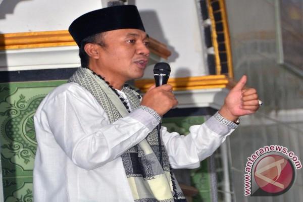 Bupati Lombok Barat Ingatkan Cegah Putus Sekolah