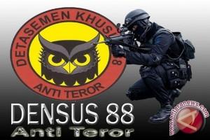 Bima Terrorist Suspects Awaiting To Be Brought To Jakarta