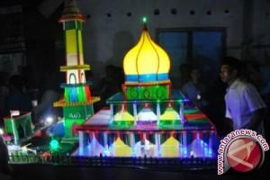 Warga Lombok Barat Ajak Wisatawan Pawai Takbiran