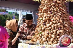 "Polres Lombok Barat Atensi Perayaan Lebaran ""Topat"""