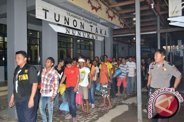 Malaysia Deportasi 1.111 Warga NTB