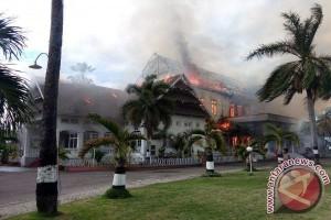 Wisma Daerah Sumbawa Terbakar