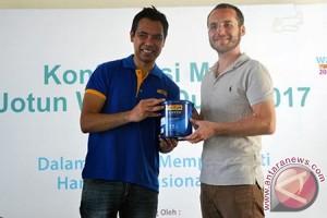 Jotun Bantu Yayasan Peduli Anak di Lombok Barat