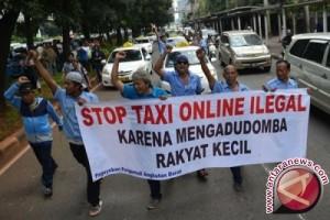 """Polri Mempersilakan Angkutan Umum """"Online"""" Asalkan Legal"""