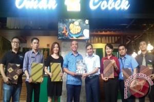 Naik Lombok Taksi, Discount Makan di Lombok Epicentrum Mall