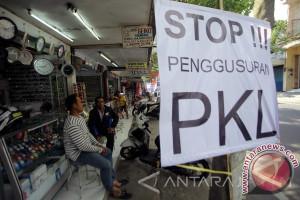 Satpol PP Mataram Segera Tertibkan PKL Gerimak
