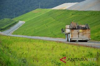 Mewariskan jejak hijau di bukit Batu Hijau