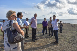 West Nusa Tenggara invites ambassadors to invest in province